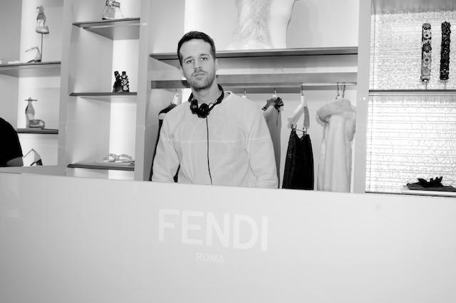 Открытие бутика Fendi и выставка бренда в ММОМА (фото 39)