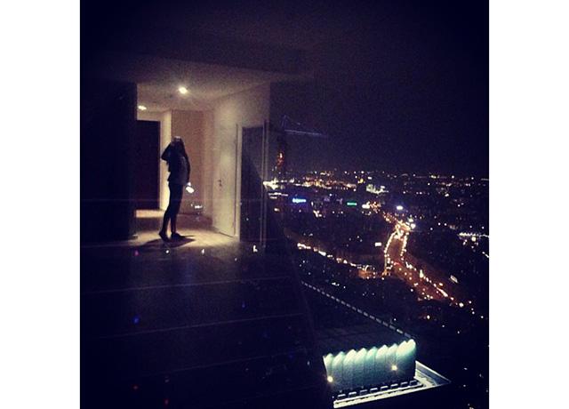 Работа ночью в москве девушки эдгард чайковский